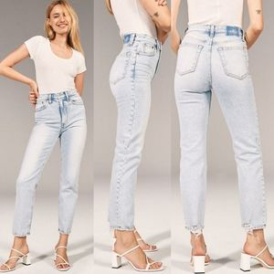 Abercrombie & Fitch Ultra High Rise Straight Jeans